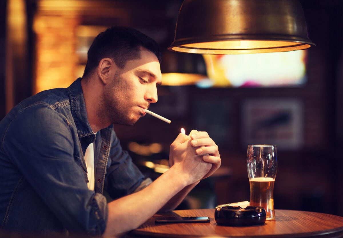 Limitare consumo di alcol e fumo